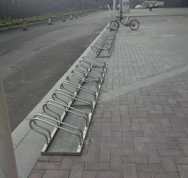 供应浏阳螺旋式自行车停放架|  长沙普及螺旋式自行车停车架