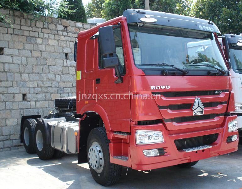 中国重汽豪沃336马力牵引车价格18953179829