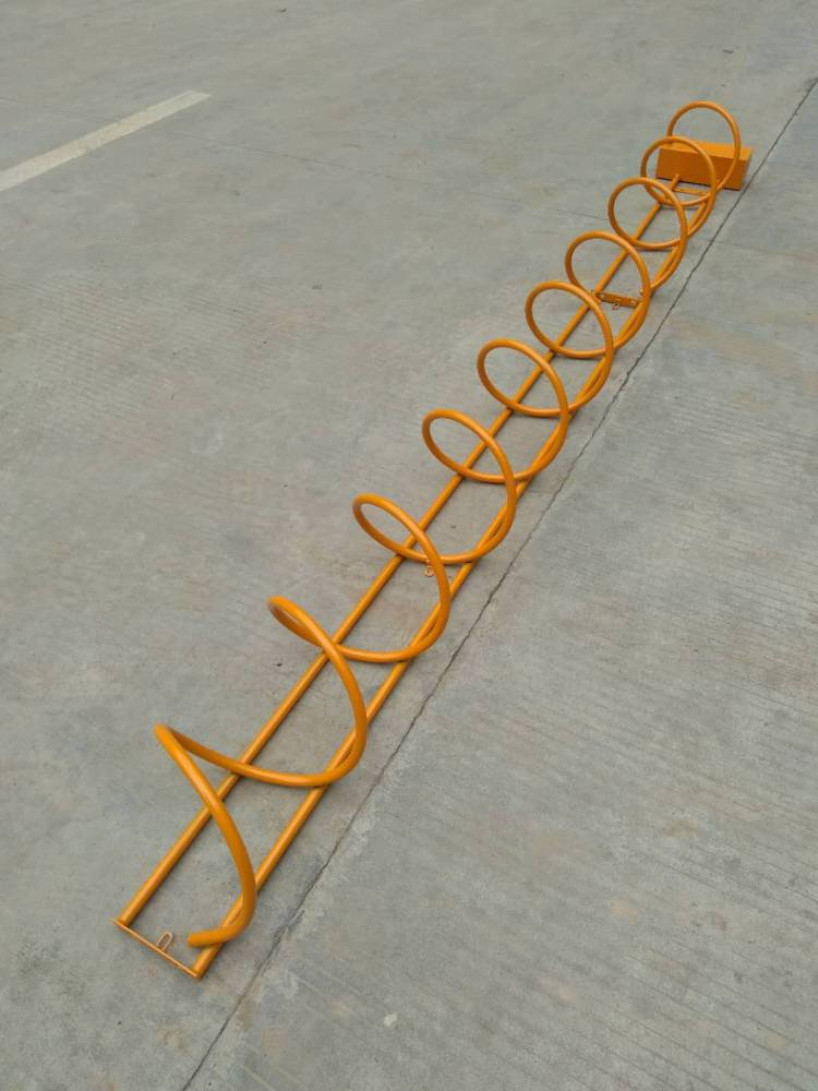 供应适合市场和街道使用的桂丰螺旋式自行车停车架啥价格