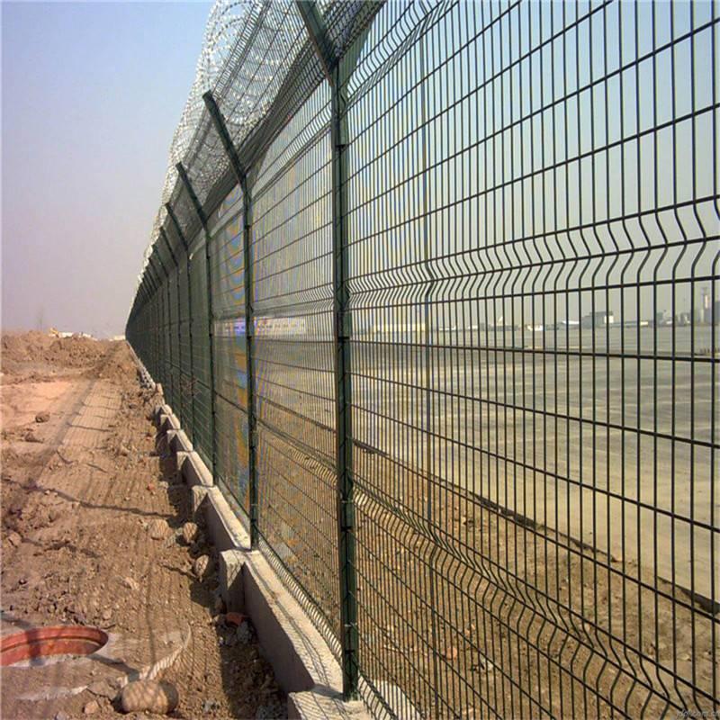 围墙护栏网 隔离栅网片 围墙网批发