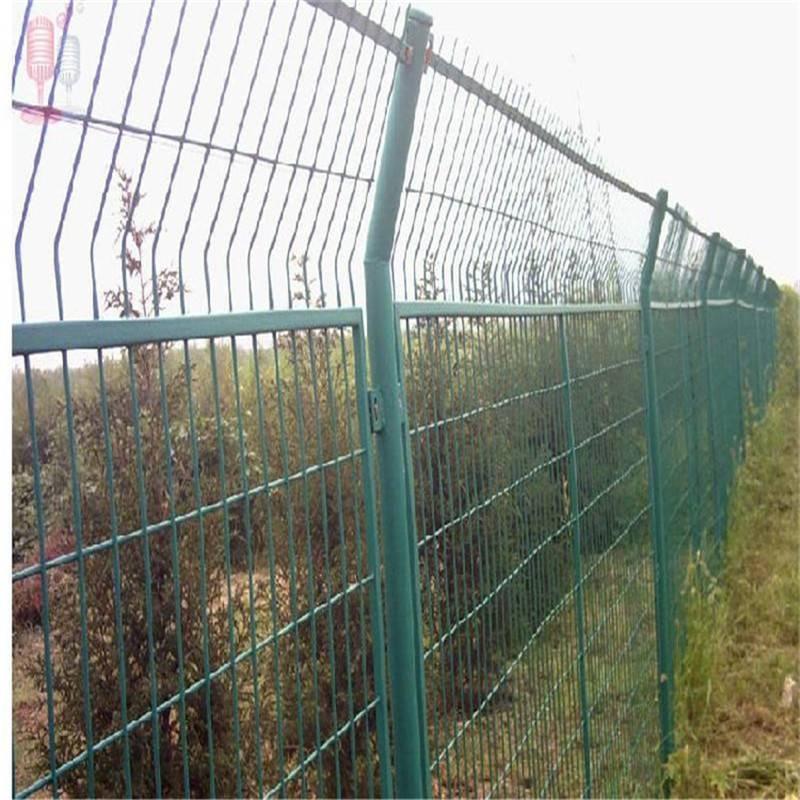 框架护栏网 高速公路封闭网 绿色铁丝网