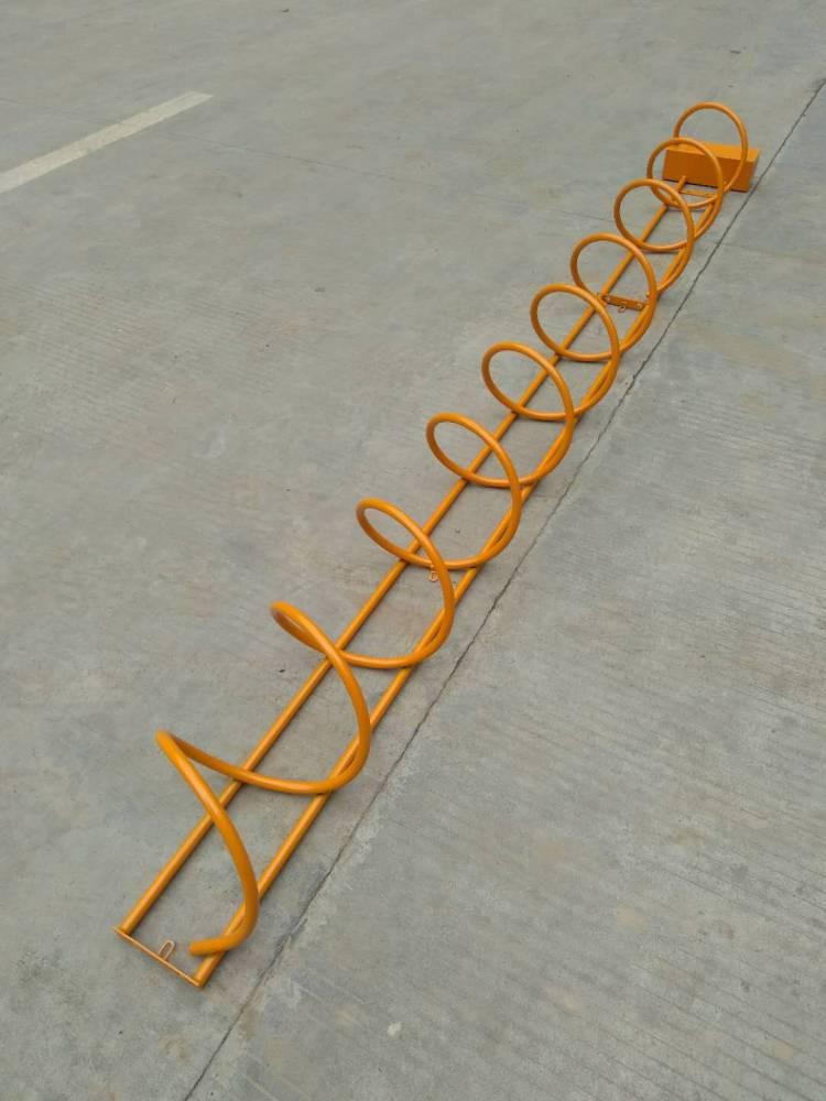 供应小区选择使用桂丰碳素钢螺旋式自行车摆放架安装工程