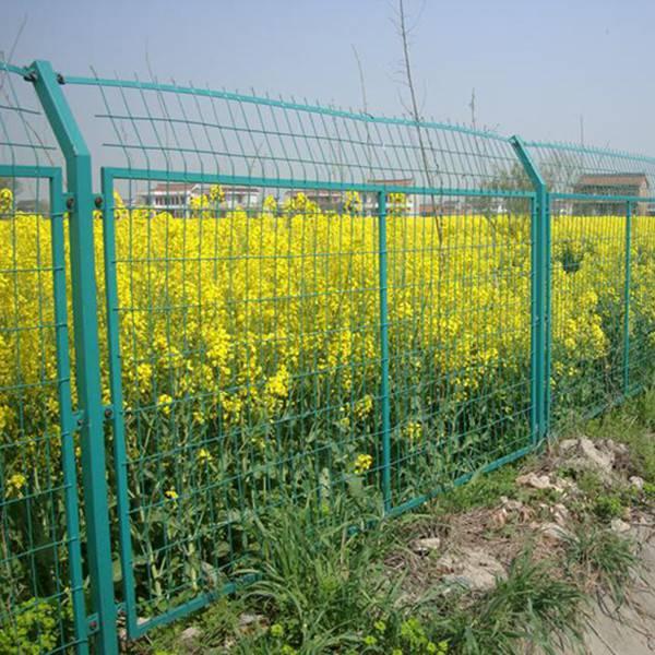 安全防护围栏 工厂围栏网 金属围墙网