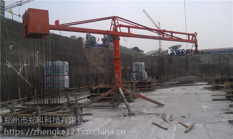甘肃庆阳郑科12米臂长双回转轴承电动布料杆采购价