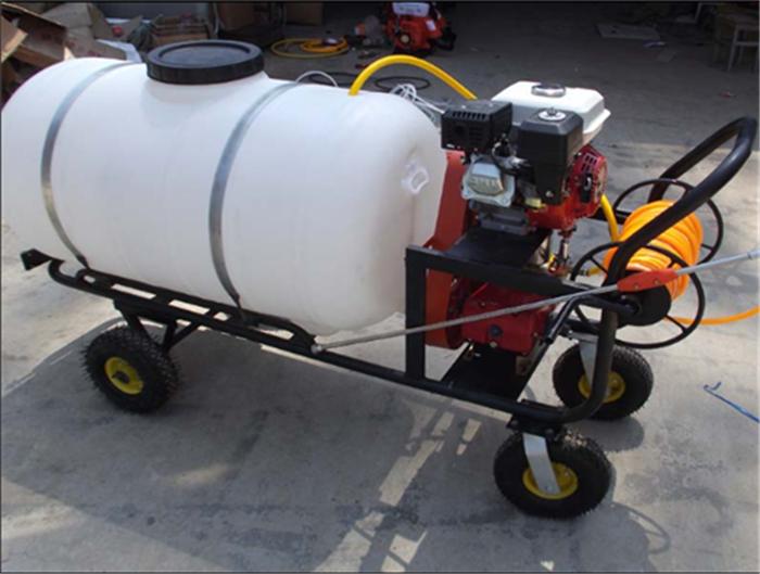 26柱泵打药喷雾器 省水省药的打药喷雾器厂家 润丰