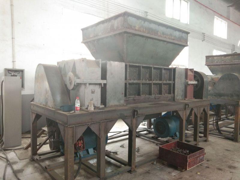 专业撕碎机设备厂家/塑料秸秆木材金属废钢撕碎机最新报价