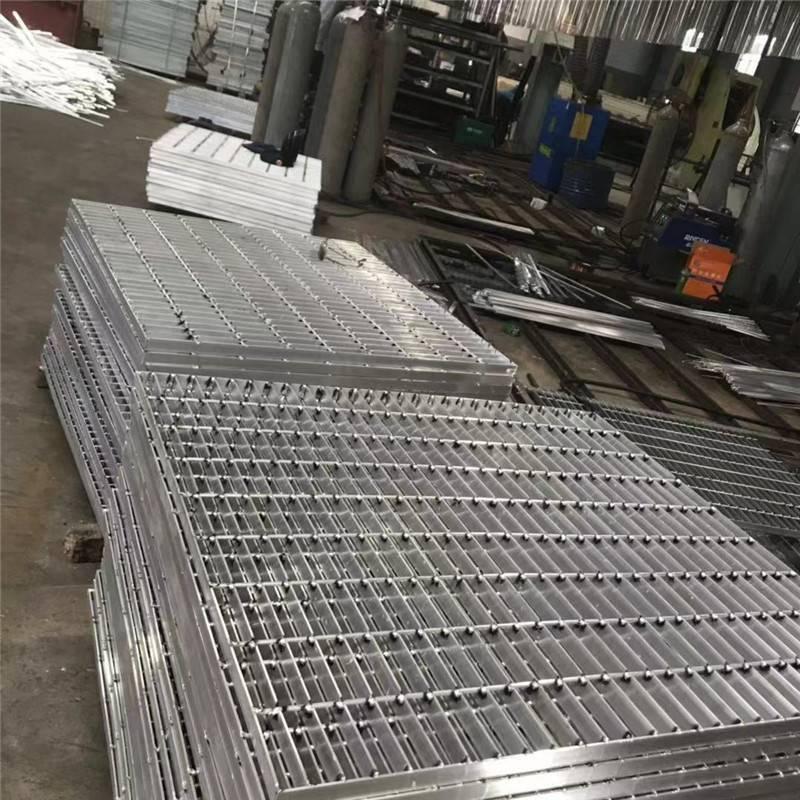 钢格栅平台,国标钢格栅平台,安平钢格网厂家