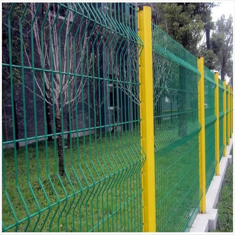 公路护栏网 护栏网批发 框架围墙网