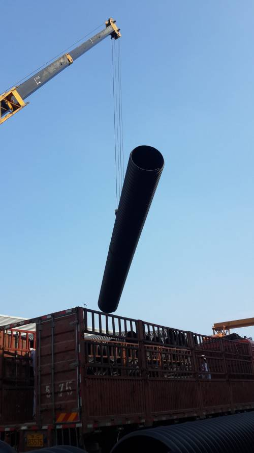 厂家供应HDPE钢带增强波纹管3000
