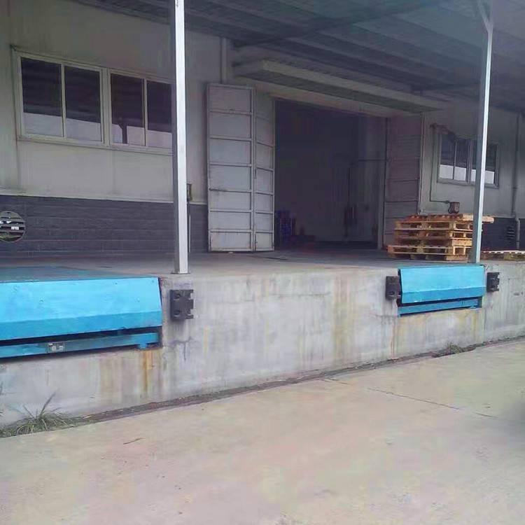 广州哪有做登车桥厂家 装卸过桥 装卸平台厂家厂价直销