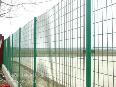 瑞才批发施工围墙用建筑围栏网经济便宜