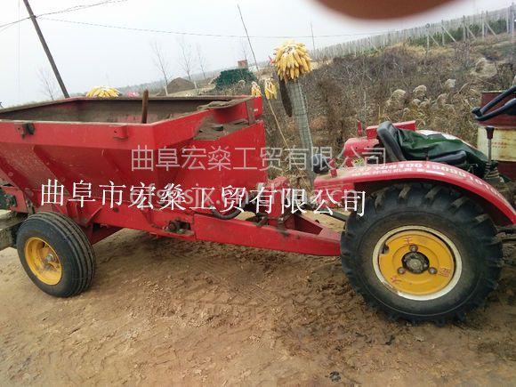 厂家直销链条顺肥抛粪机 13953778901多功能化肥农家肥撒粪车