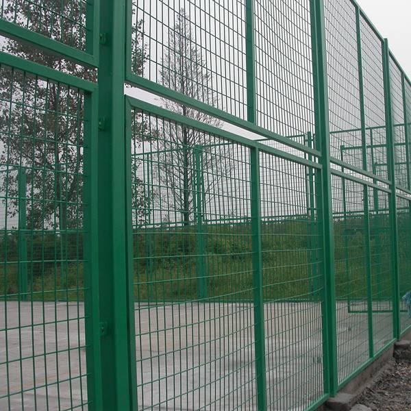 场地护栏网 便宜护栏网 球场围栏网