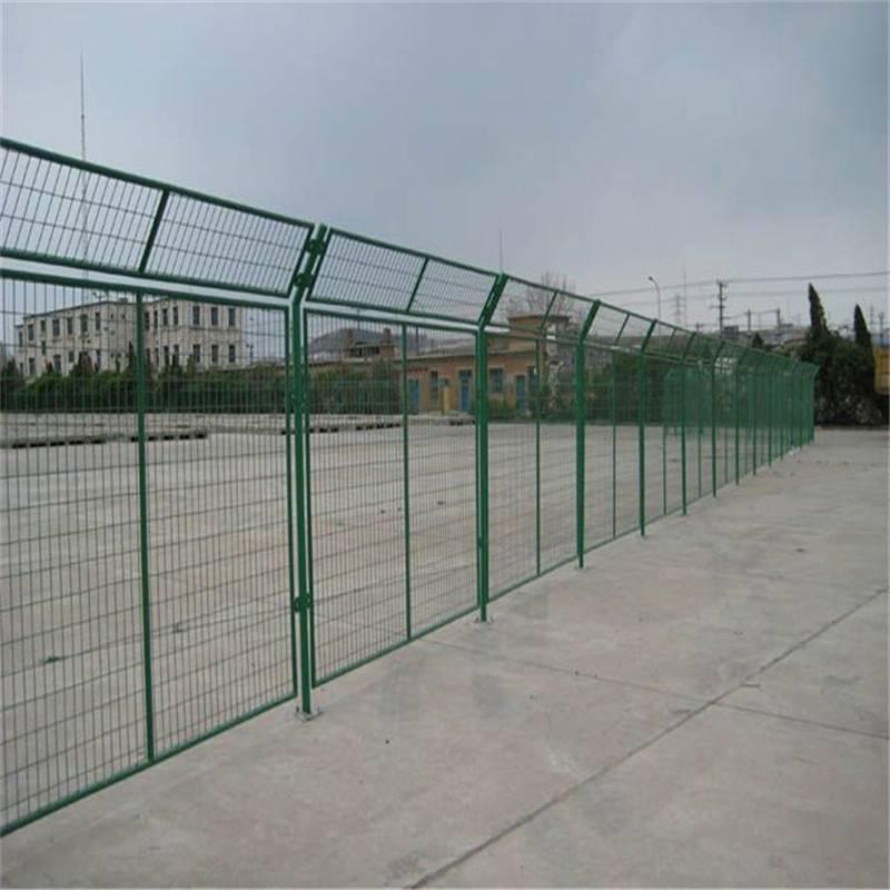 圈地护栏网 公路护栏网 桥梁防护网