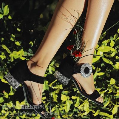 美国时尚流行女鞋Jeffrey Campbell 一字带露趾低跟水钻搭扣凉鞋