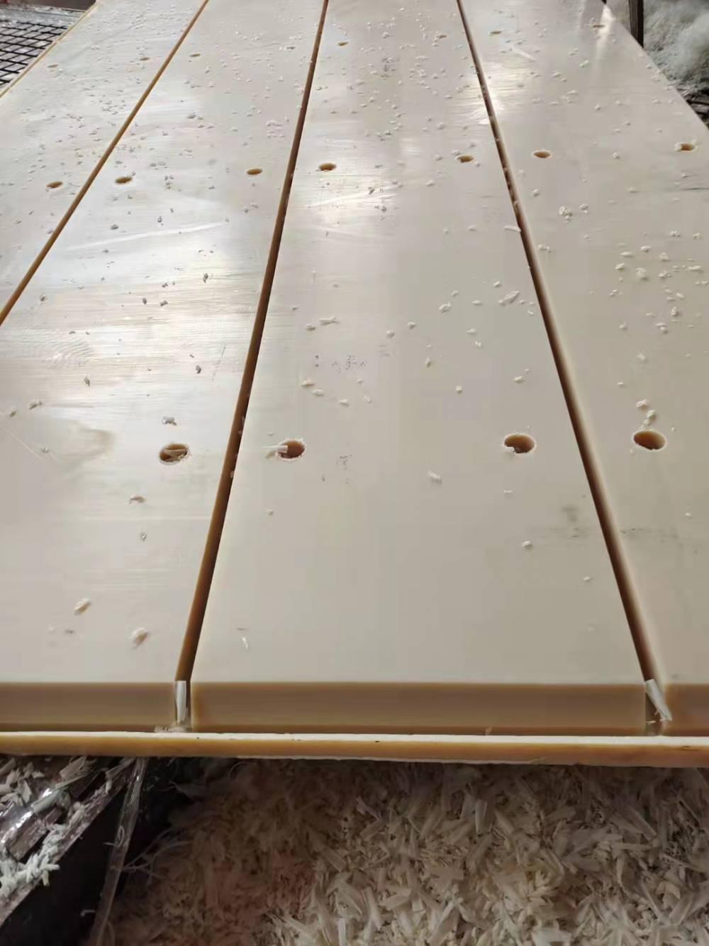 煤矿筒仓内衬超高分子量聚乙烯板 工业用超耐磨塑料板 锅炉煤斗阻燃高密度聚乙烯衬板