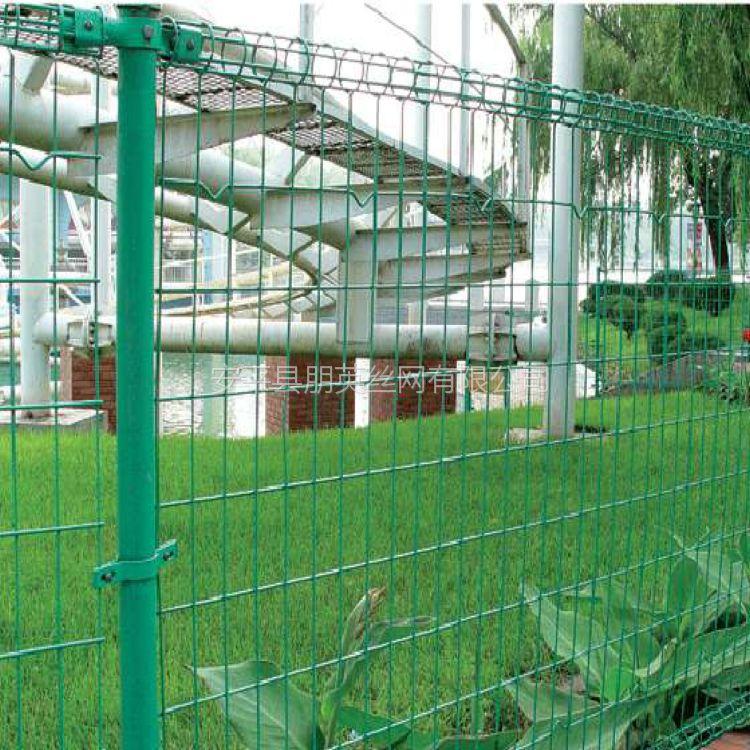 朋英厂家供应双圈护栏网浸塑浸塑低碳钢丝双圈护栏网加工