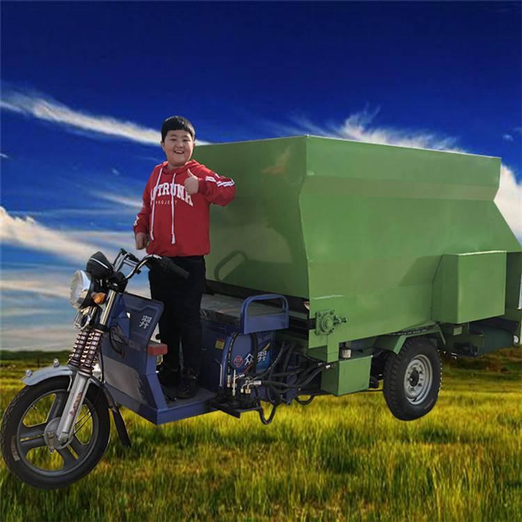 草料自动行走喂料车价格 润丰供应质量好的草料自动行走喂料车