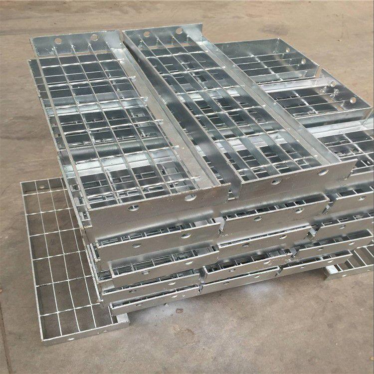 河北防腐热镀锌钢格板厂家 水电厂平台钢格板 工业楼梯踏步板 质量好