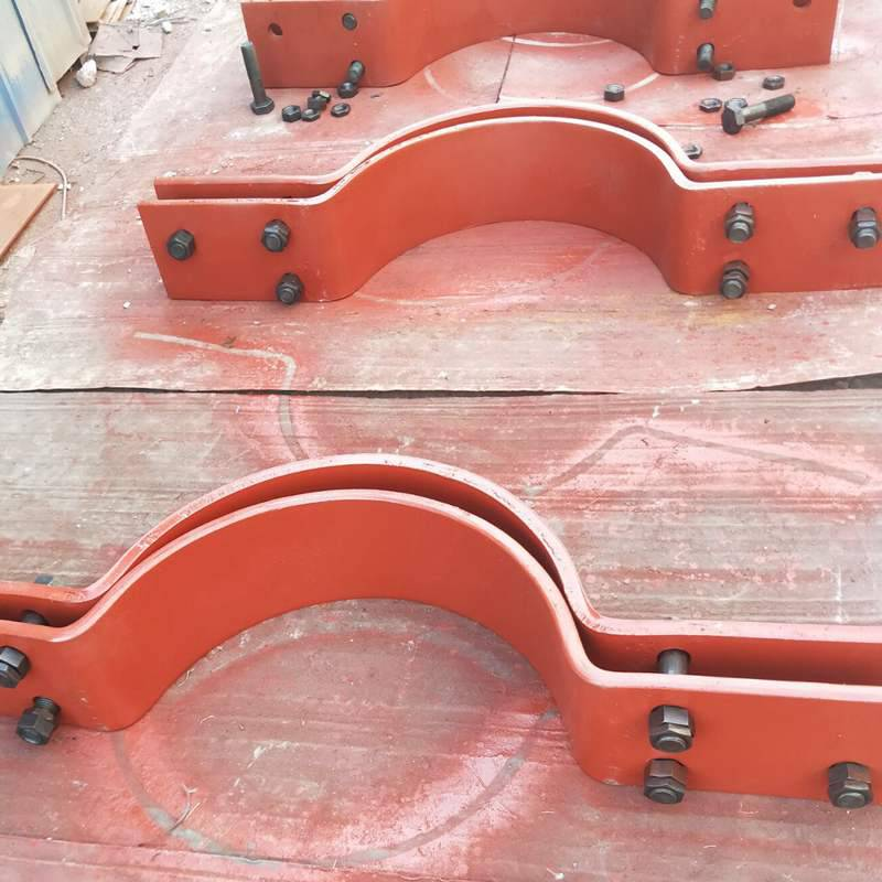 C4型管卡生产厂家沧州赤诚制造A10四螺栓管夹