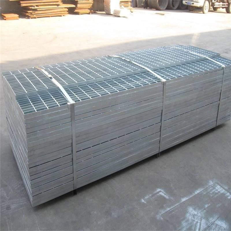 钢制网格板价格 踏步网格板安装 隧道水沟盖板