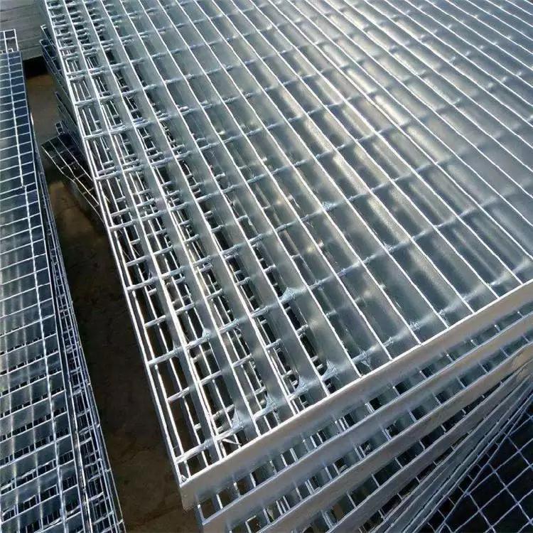 各类平台钢格栅板 钢格栅是钢架么 插接踏步板规格