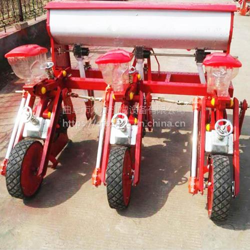 大型玉米施肥播种机 双行玉米种植机精播机