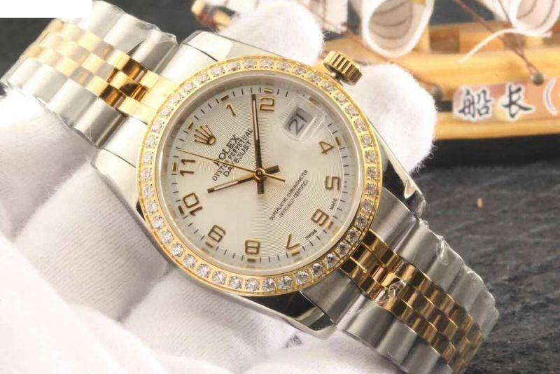 给大家分享一下高仿200多阿玛尼手表,淘宝高仿手表货源