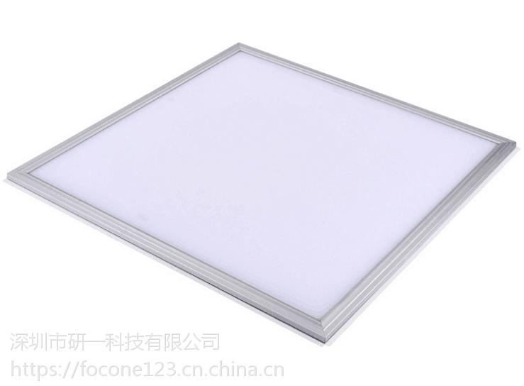 贵州医学院学校照明选择熊猫LED面板灯,不刺眼无频闪