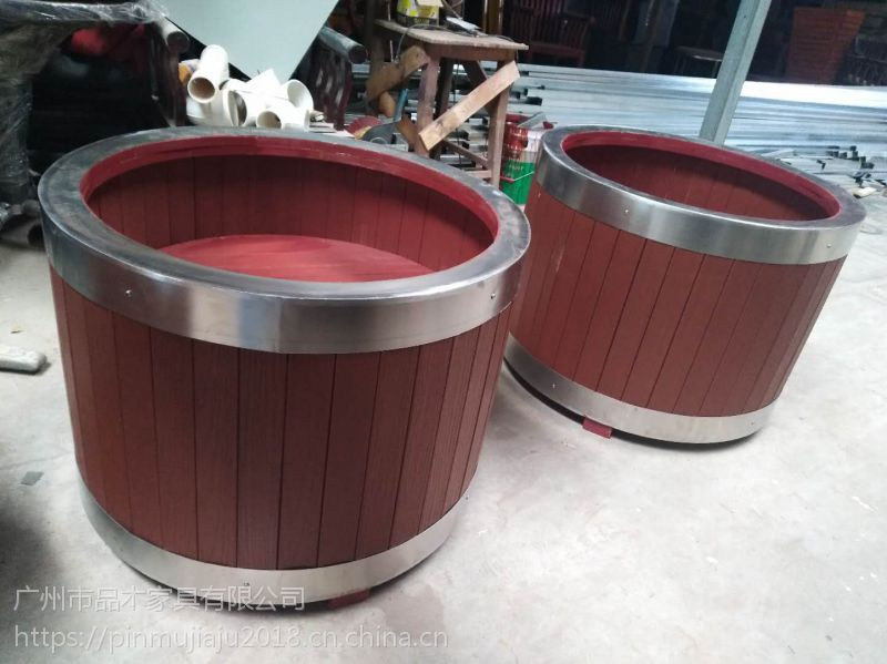 供应品木PVC塑木花箱:防腐木花箱