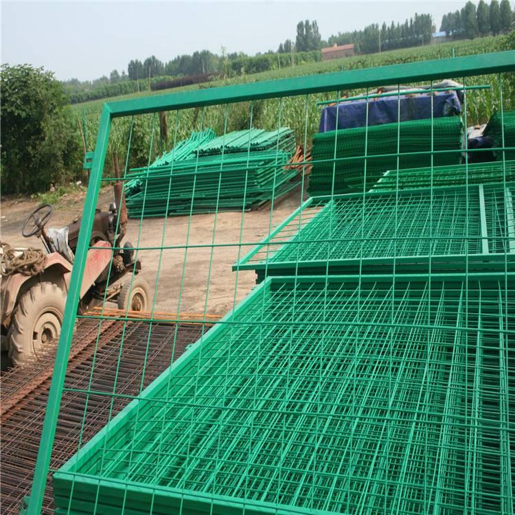 三折弯护栏网使用 篮球场浸塑护栏网 车间隔离选哪家