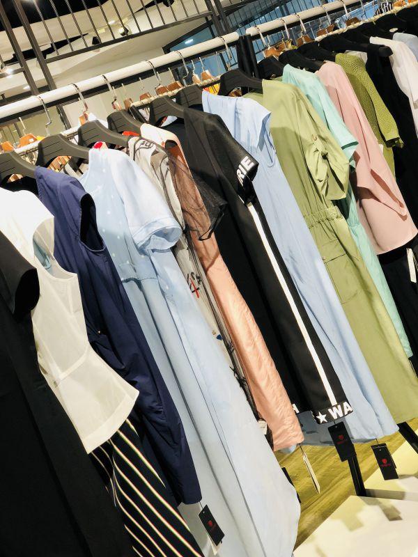 品牌折扣店 18新款哥邦夏 品牌女装尾货批发