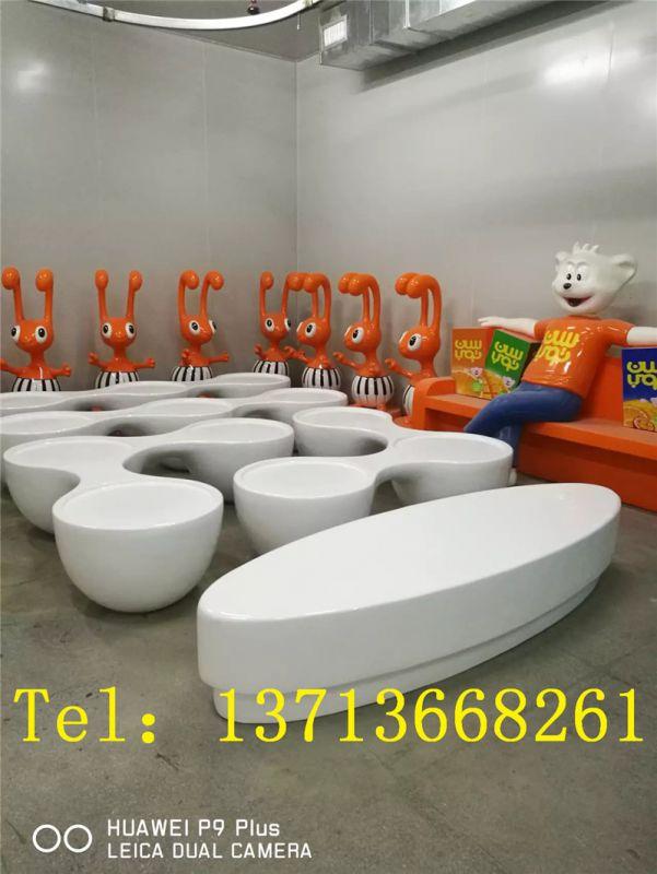 珠海商场美陈装饰座椅美陈座椅雕塑图片