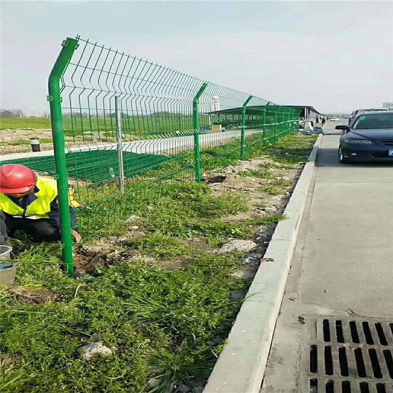 小区围栏网 围栏网价格 马路隔离网