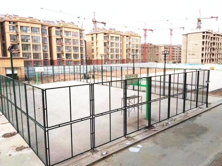 生产厂家五人制足球场围网厂家销售