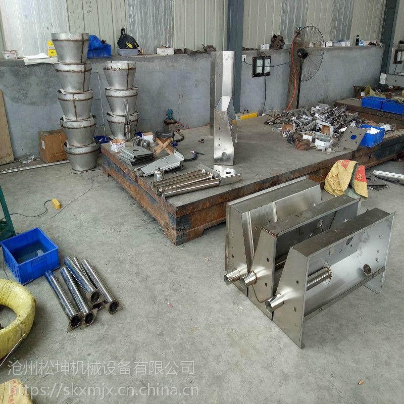 黑龙江母猪料线 自动喂猪料线 哈尔滨刮粪机清粪机 一拖二一拖一任意选。