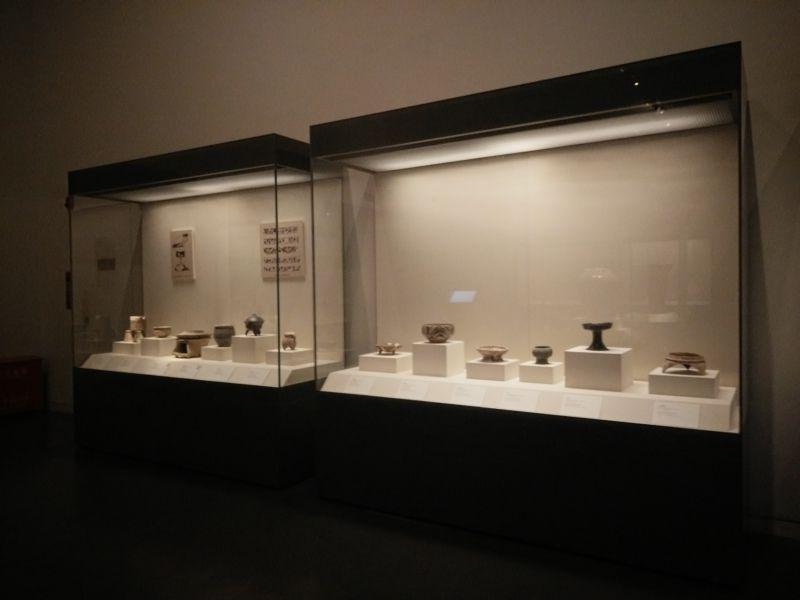 博物馆展柜文物展柜实拍片段