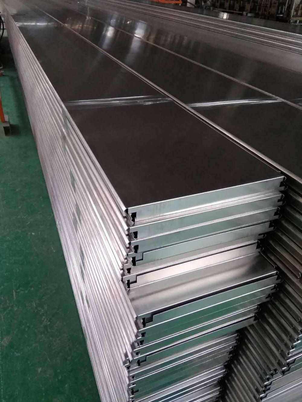 厂家供应加油站吊顶铝扣板 300面0.8厚高边S型条扣板