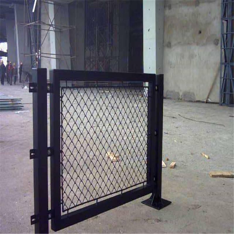 镀锌网球场 球场护栏 学校篮球场围网