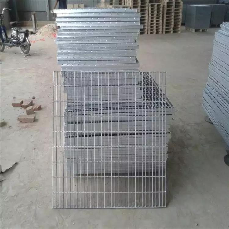 钢踏步板 镀锌踏步板价格 各种规格钢格板价格