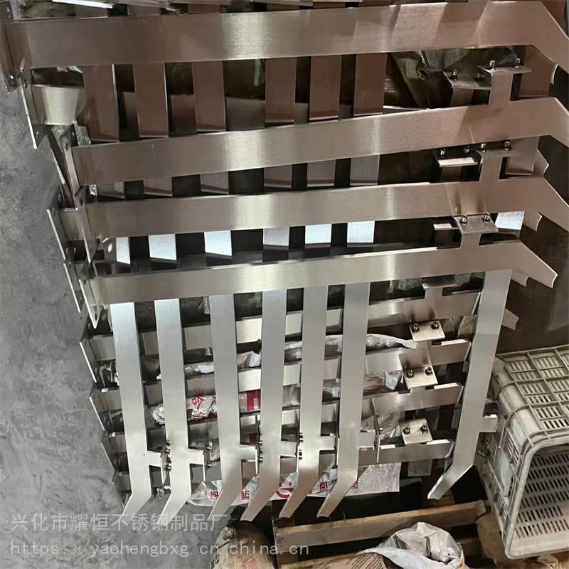 耀恒 304材质新款工程家装玻璃楼梯扶手大刀片斜刀头不锈钢立柱