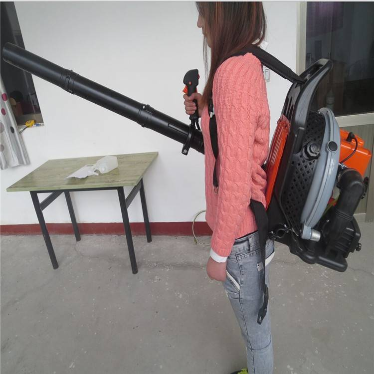 防滑轮胎扫雪机 大马力汽油扫雪机润众