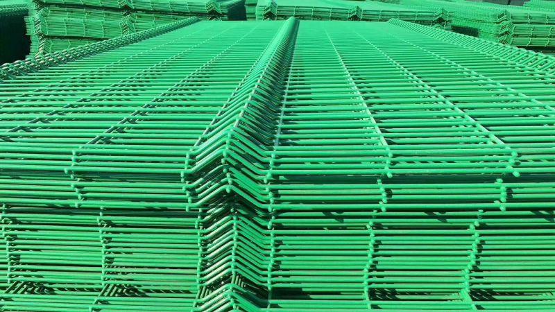 圈地铁丝护栏网 养殖围栏网 高速公路防护网