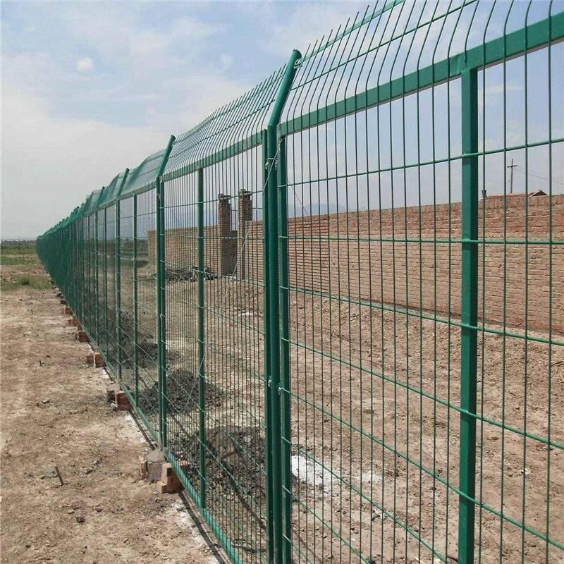 公园隔离网 市政围栏网厂家 防护窗防护栏