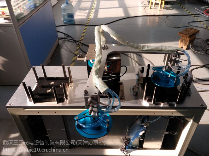 江苏自动上下料光纤激光切片机 机械手上下料 提高划片效率