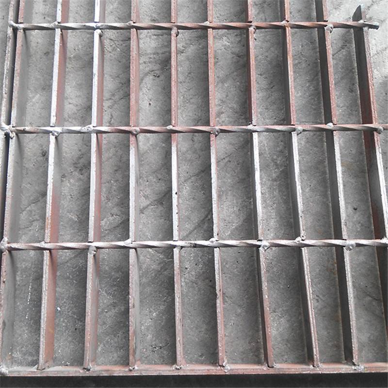 重型格栅板厂家 镀锌钢格板 网格踏步板