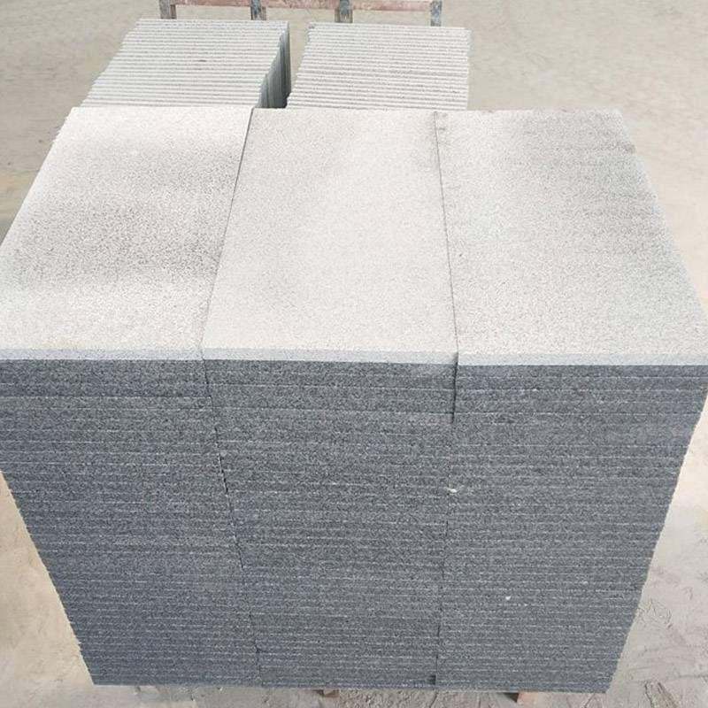 惠州工地芝麻灰花岗石300*300防滑地砖 火烧板人行道铺路石