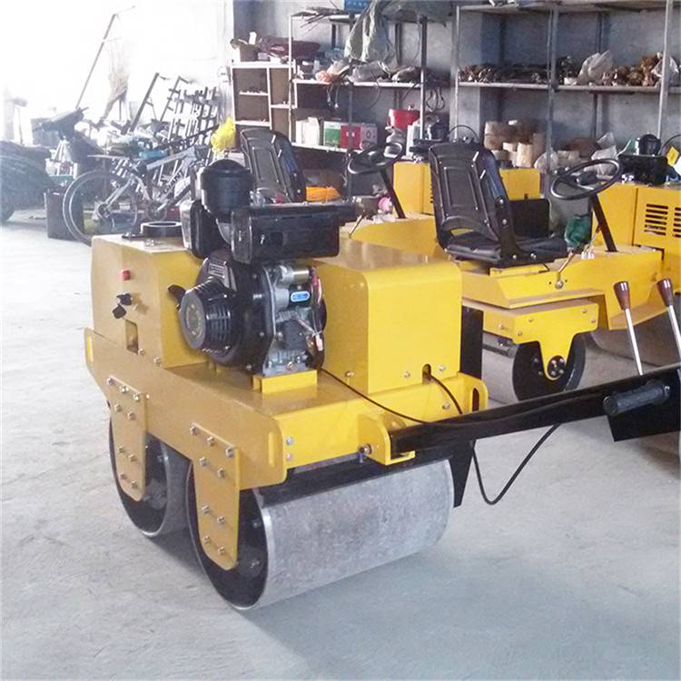 手扶式单钢轮振动小碾子 柴油路面压实机 百一牌小型压路机