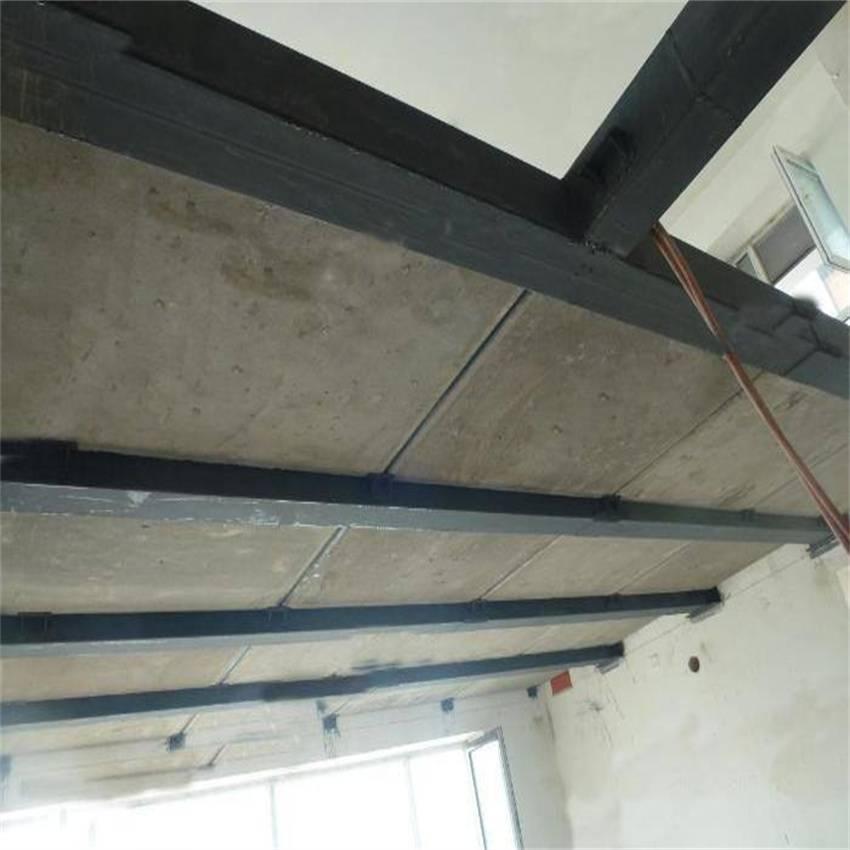 湖北钢结构夹层板LOFT水泥压力板性能好价格低限量销售