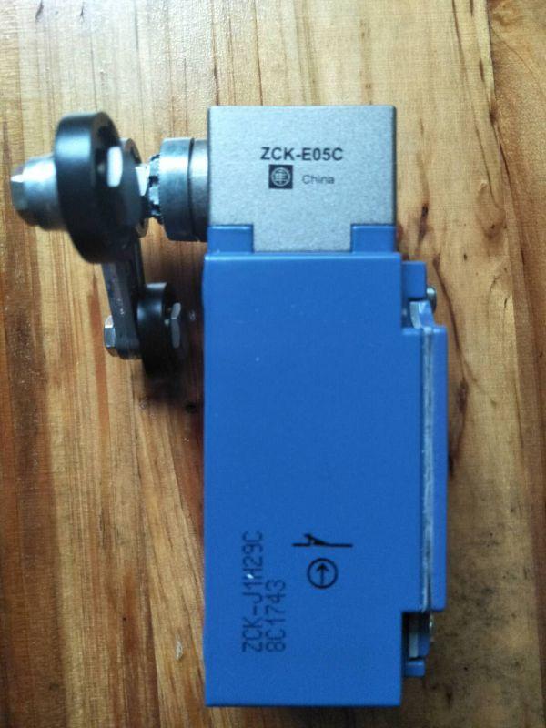 施耐德LC1F1000产品